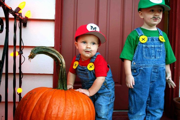 DIY Super Mario Bros Costumes ~ overalls & red or green shirt w/ matching hat