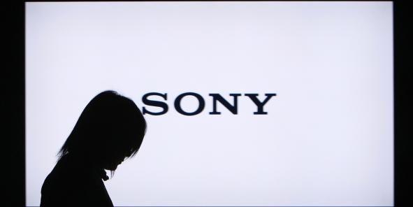 """Les erreurs de Sony face à un piratage de données """"sans précédent"""".  Les données (carte bancaire, numéro de Sécurité sociale, adresse, etc...) de 47.000 personnes ont été dérobées à l'occasion de cet incident. La multinationale japonaise a subi un vol de données d'une envergure inégalée le 24 novembre dernier, révélé le 4 décembre. Le patron de Sony Pictures Entertainment a détaillé certains points de cette intrusion dans un mémo interne obtenu par le site spécialisé Re/Code."""