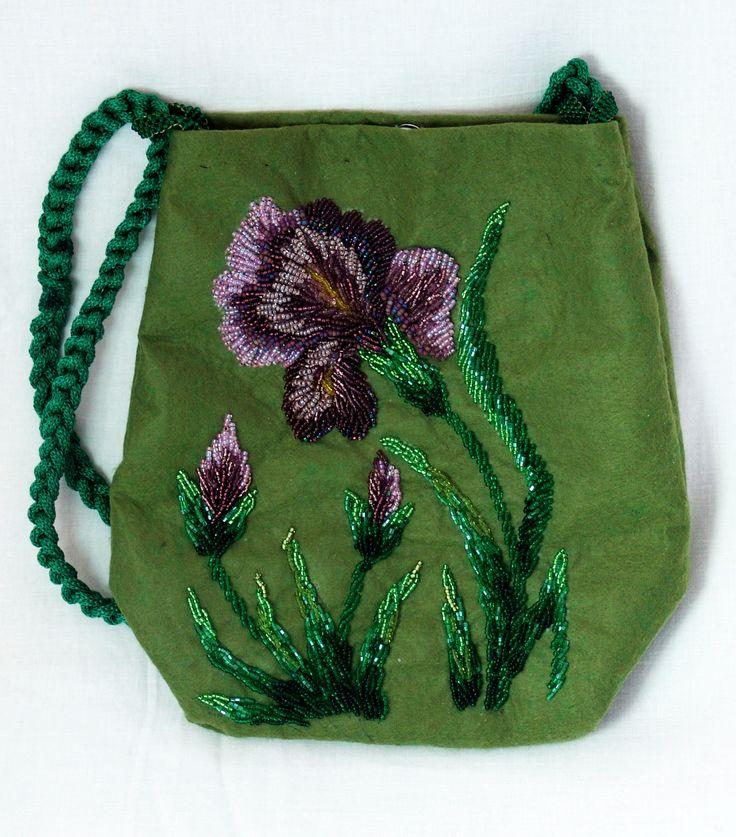 Iris purse