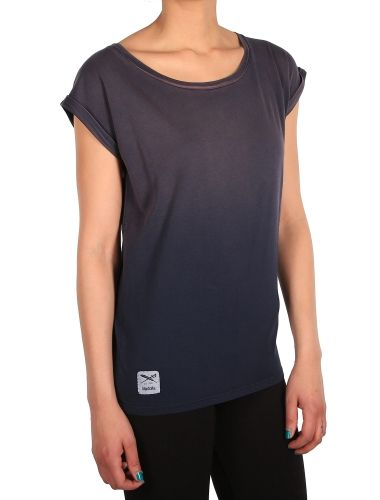 """Spray Loose Tee [navy red] // """"Do It Today"""" - IRIEDAILY Pre Spring 2015 Collection - OUT NOW! // WOMEN: http://www.iriedaily.de/women-id/women-pre-spring-2015/ #iriedaily"""