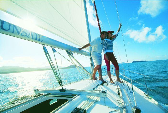 Sailing the Whtsundays