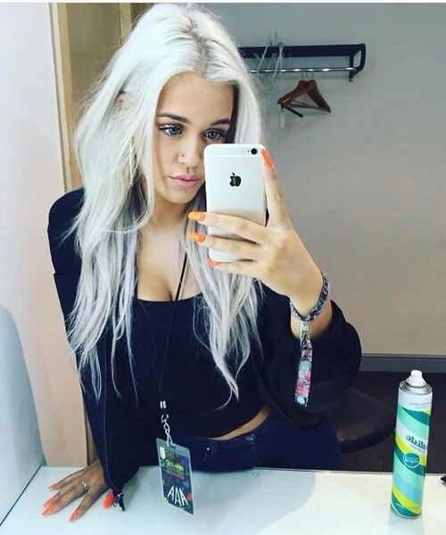 I feel like 2015 was such a big breakout year for so many people, Lottie included