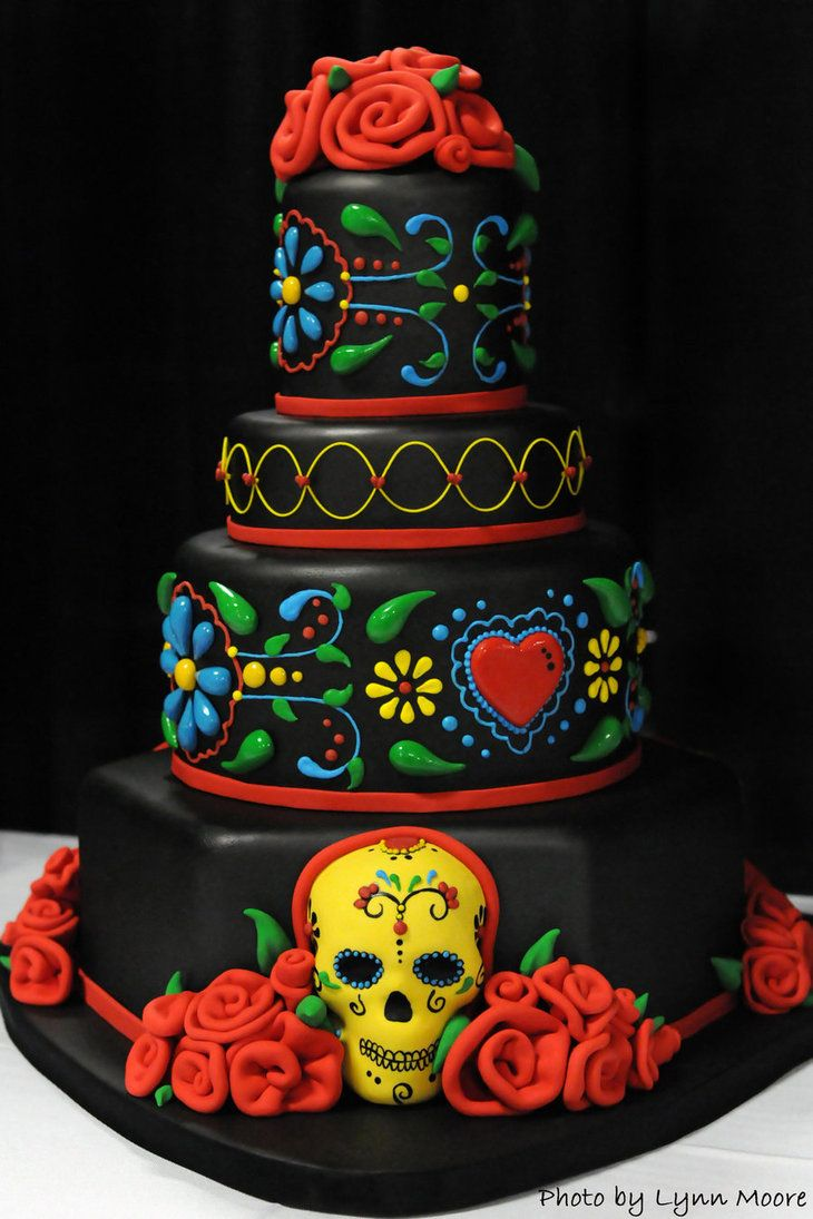 Wedding cakes with skulls