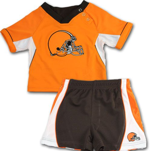 065bbd1ef ... Sport your child in this Cleveland Browns performance wear. This set  comes with a Browns ...