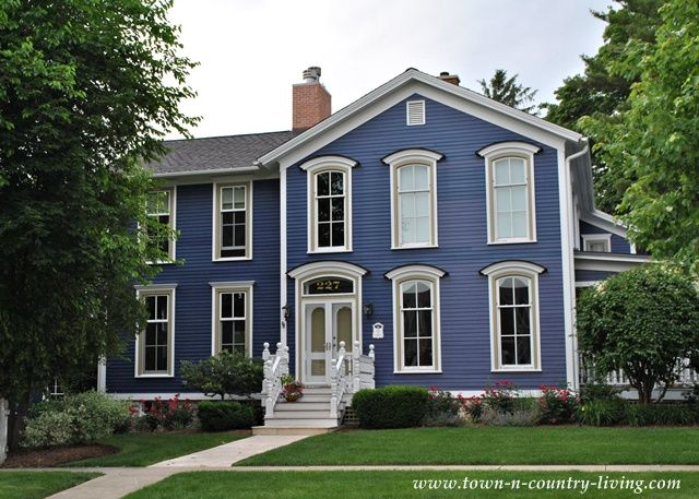 Beautiful Historic Homes With Unique Exterior Paint Colors In The District Of Naperville Illinois