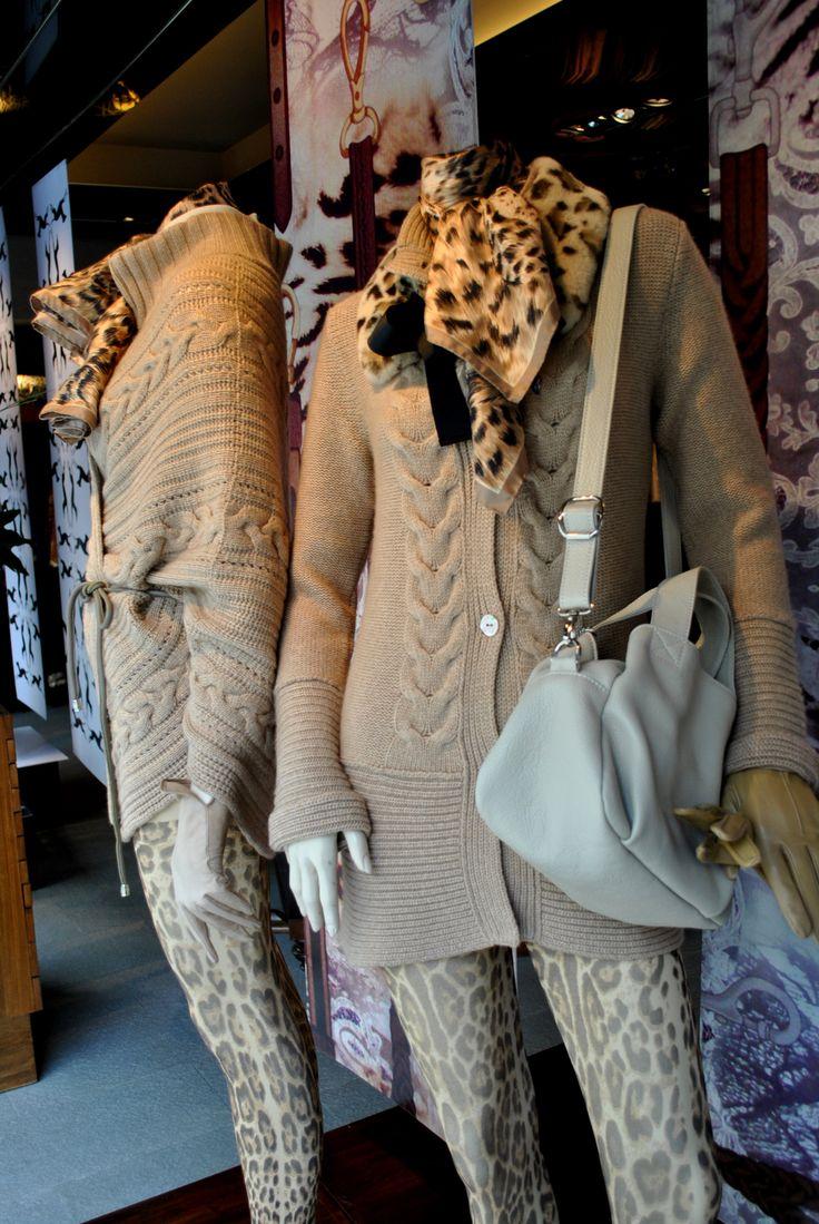 frey italy  otoño invierno  temporada 2014 local de ropa italiana para mujeres ropa de italia swater camel  cardigan  pañuelos de seda estampados carteras de peter ken