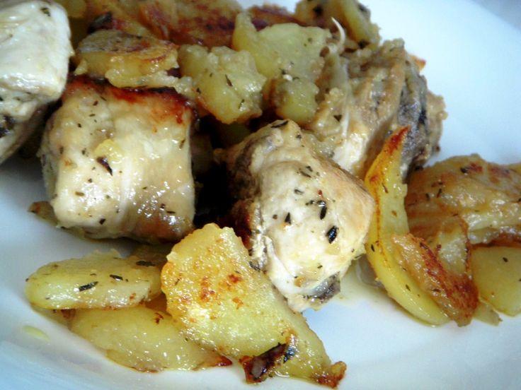 Pollo troceado al forno con limón y patatas
