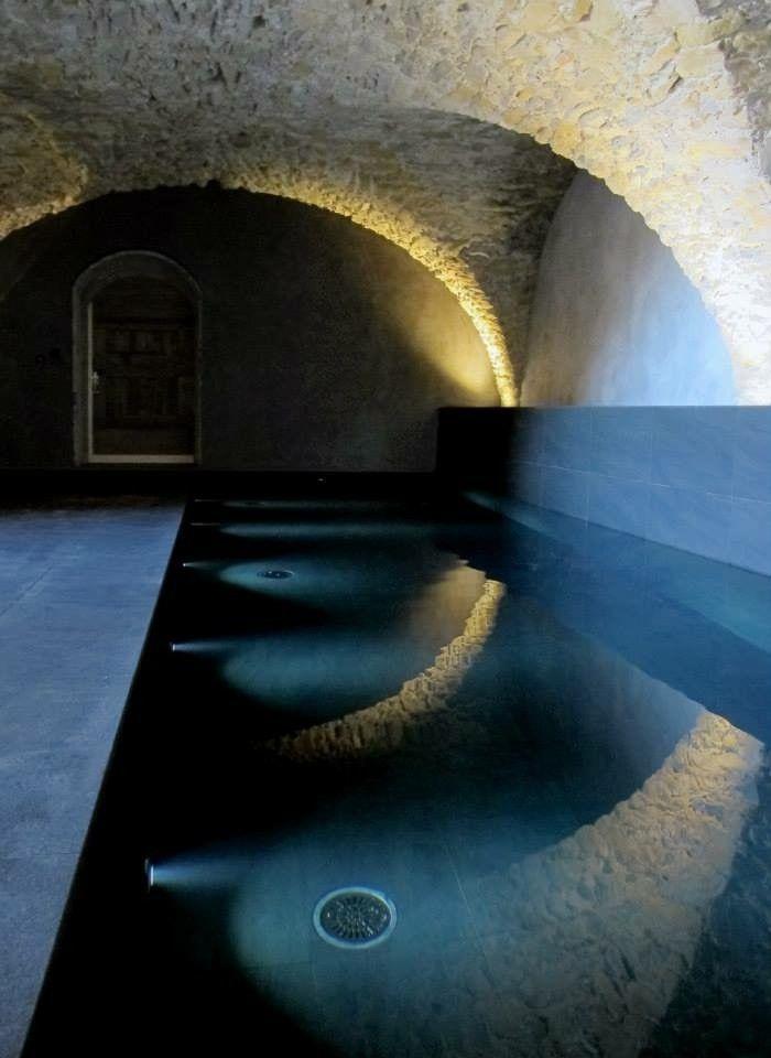 17 meilleures id es propos de piscines int rieures sur for Piscine d interieur miroir