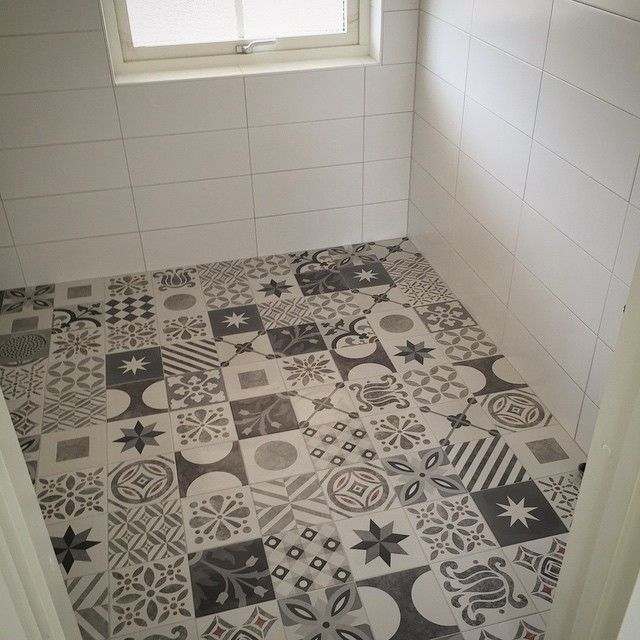Kanske till badrummet nere?