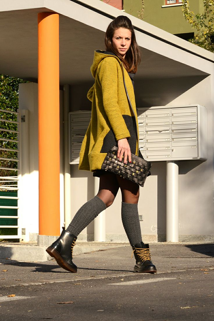 A new look per the winter sun: tailored-street-style. (n-1) couture + barrito.  (n-1) couture: independent women's fashion. handmade in Italy & ebarrito: accessories, natural leather bags and footwear.