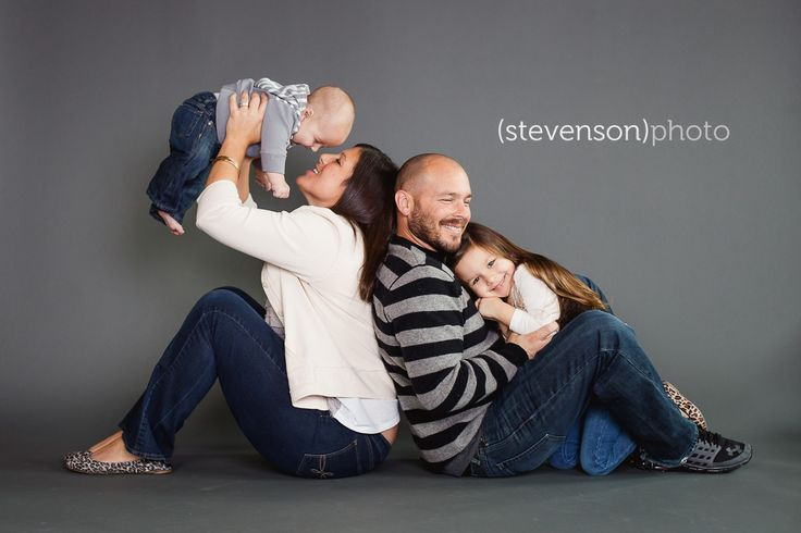 Studio photography. studio family portrait ideas. family session in studio www.kstevensonphoto.com                                                                               More