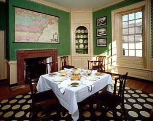 George Wythe House Dining Room Historic Homes Interiors In 2018 Pinterest Colonial Williamsburg And Va