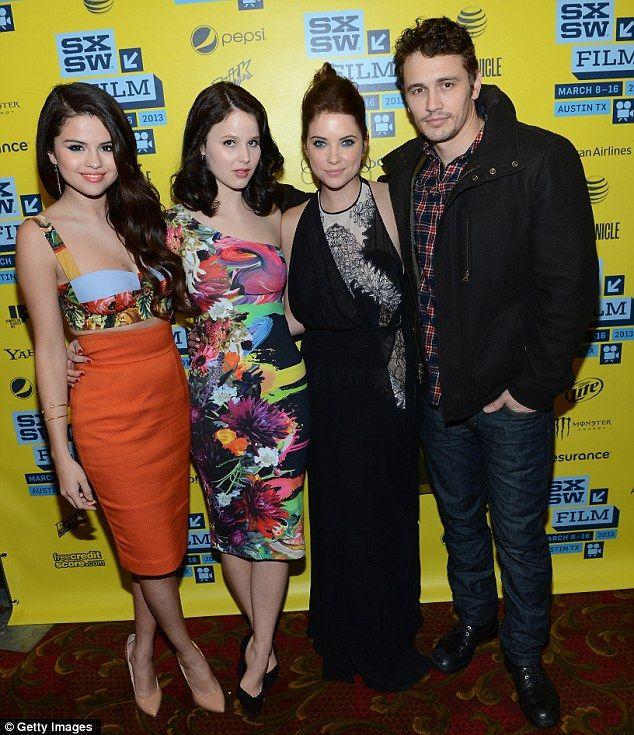 Spring Breakers: El dúo inseparable unió a su co-estrella Rachel Korine, con un vestido psicodélico, y James Franco
