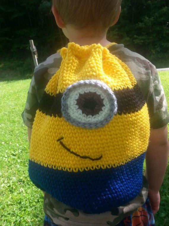 Crochet minion bag that looks knit