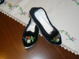 Friuli Venezia Giulia and its scarpet (scarpez), a sort of velvet slippers or canvas, made of layers of cloth stitched by hand with string