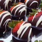 Chocolate Covered  Strawberries....my favoriteDesserts, White Chocolates, Recipe, Strawberries Upside, Food Ideas, Chocolate Covered Strawberries, Milk Chocolates, Yummy, Chocolates Covers Strawberries