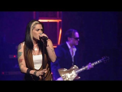 Joe Bonamassa with Beth Hart in New York, Beacon Theatre, December 5, 2011. The Beacon Theatre is located at Broadway and 74th Street in Manhattan. Song inse...