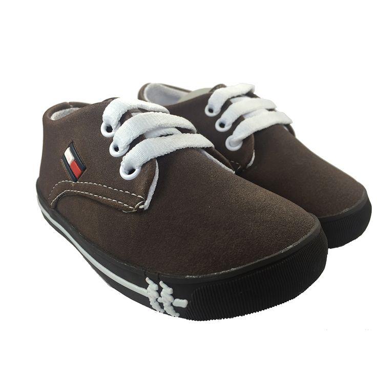 Hermoso Zapatos para bebe elegantes con un diseño similar a Tommy Hilfiger. Es un zapato muy vestidor y cómodo que puedes usar en ocasiones especiales. https://nibi-baby-store.pswebstore.com/zapatos-bebe/24-zapato-bebe-tommy-hilfiger.html