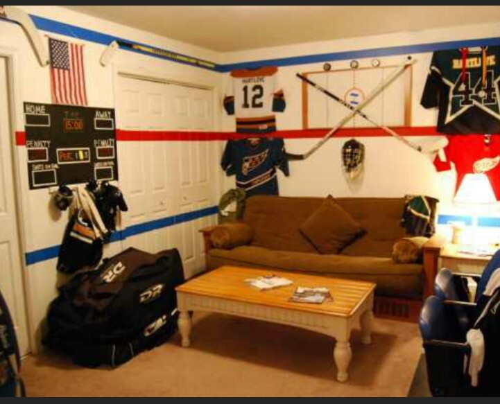 102 best it 39 s all hockey images on pinterest child room for Boys hockey bedroom ideas