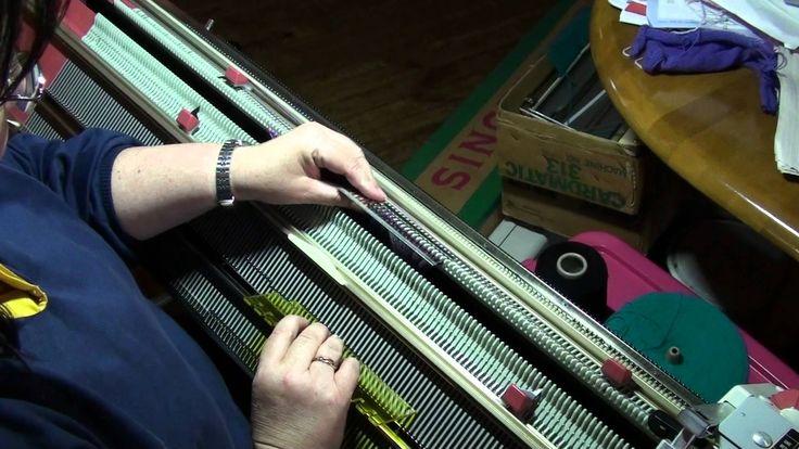 Passap Knitting Machine Patterns : 41 best images about Knitting Machine Passap on Pinterest Hand knitting, Kn...