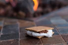 Looking For Some More Reasons to Love the S'more