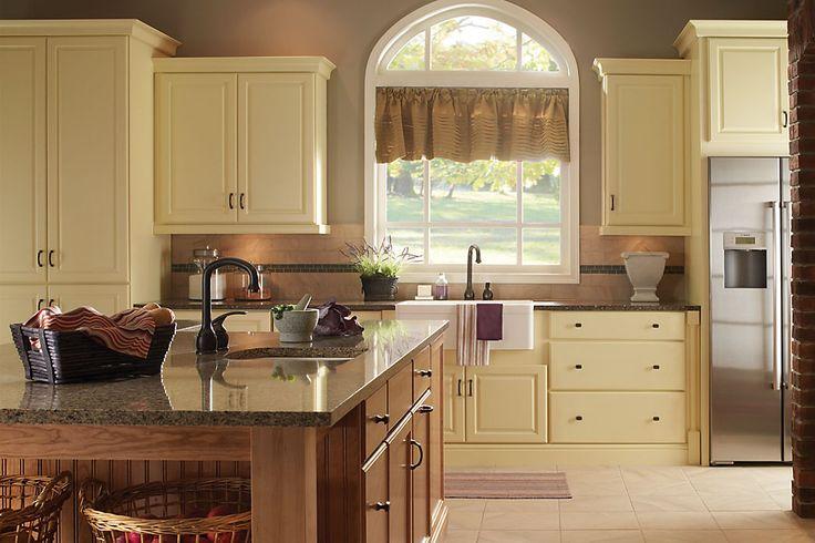 kitchen islands lighting yorktowne cabinetry courtland maple saffron