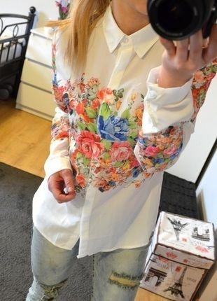 Kup mój przedmiot na #vintedpl http://www.vinted.pl/damska-odziez/koszule/13643556-koszula-m-w-kwiaty-modna-wiosna