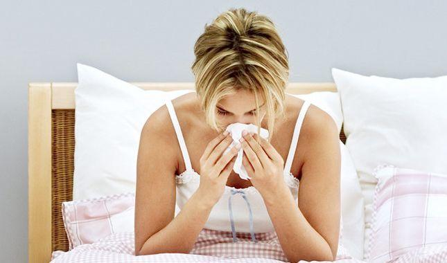 El invierno es uno de los meses que más complica nuestra salud.  Si quieres pasar este invierno y no morir en el intento, revisa este artículo http://www.vidabanquete.cl/blog/2013/06/25/cmo-enfrentar-ek-invierno-y-no-morir-en-el-intento