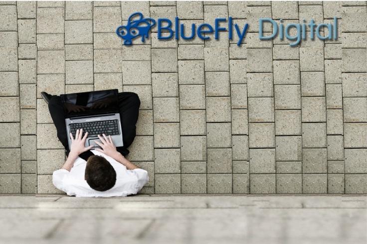 bluefly-marketing-digital-para-laboratorios-farmaceuticos by Ernesto Valle
