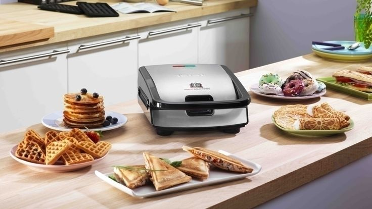 Tefal SW 852D im Test: Sandwichmaker und Waffeleisen in einem