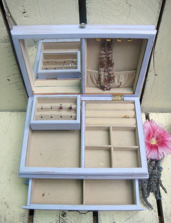 Vintage Wooden Jewelry Box Shabby Distressed by DentOnVintage