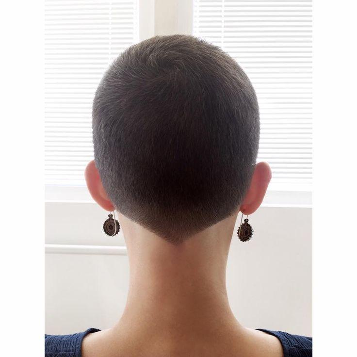 fetish hair short