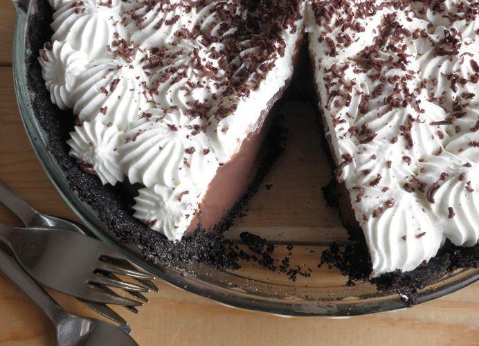 Chocolate Cream Pie #stabilizedwhippedcream Stabilized whip cream – great recipe…
