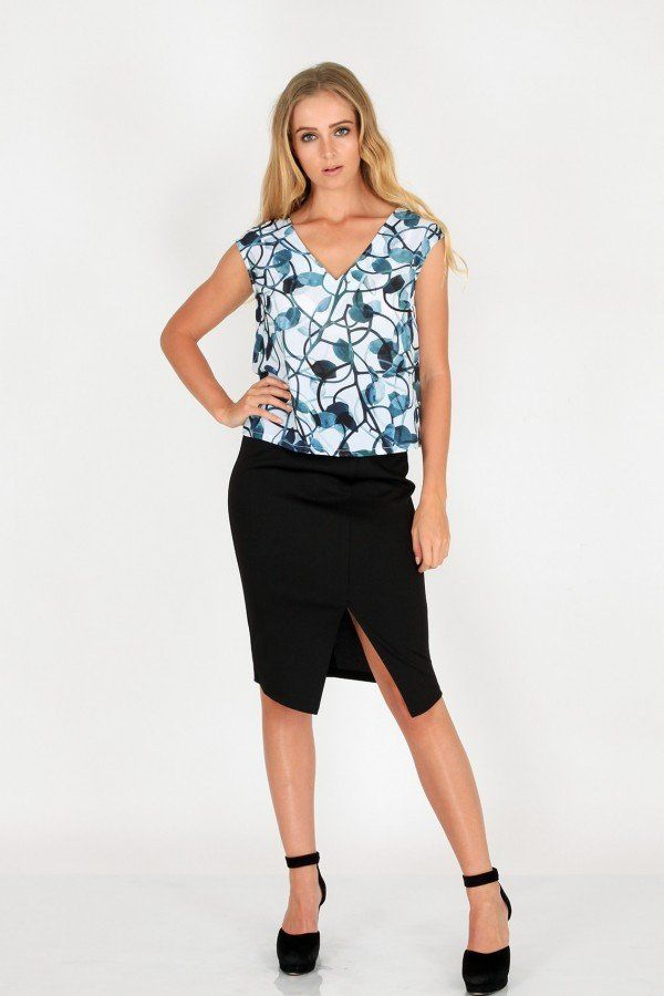 ENTWINED IVY CROP TOP