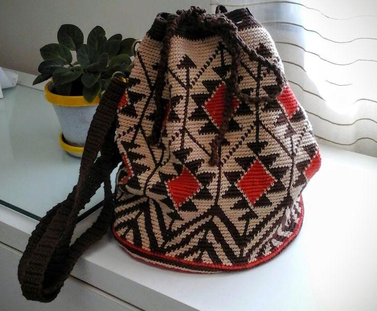 #bolsadecrochê #crochêtapeçaria #tapestrycrochet #wayuubaginspiration