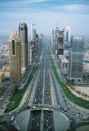 autoroute 2x7 voies à Dubaï @OTourDuMonde