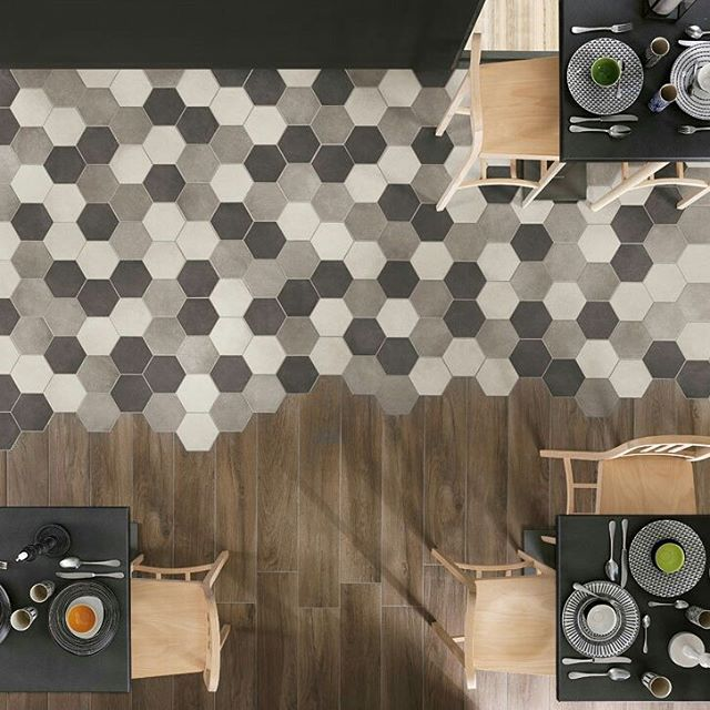 Going outside for a Sunday Brunch!  Rewind Collection: Concrete Effect Porcelain Stoneware by @ragno_ceramiche  #designbest #sundaybrunch #ihavethisthingwithfloors  #hexagonaltiles