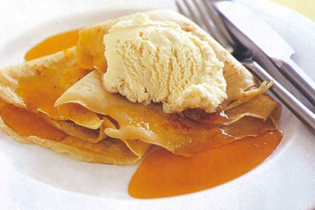 Crepes with orange sauce main image