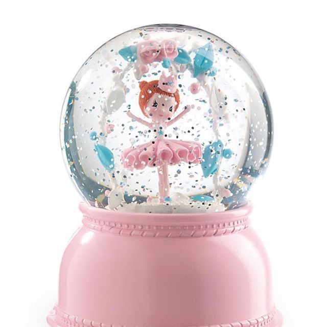 DARLING Ballerina Night Light!  So much more than just a snow globe - they light up, have a fan inside that circulates the glitter and have a power timer, saving you money on batteries. ⠀  #djecoballerina #ballerina #nightlight #babygift #babyshop #babyshower #littlegirls #instababy #instakids #instashop #onlineshopping #pink #newmum #kidsroom #interiors #bedroom #decor #afterpay #design #creatives #babygirl #ins...