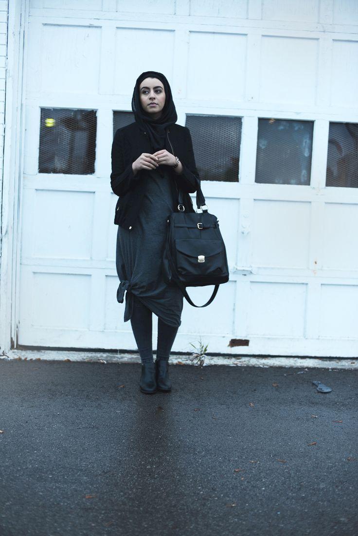 All black everything - Winnie Detwa