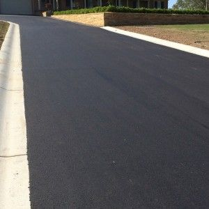 In need of a newly-installed asphalt road for your project? Contact J & E Asphalting! Their asphalt contractors can work on all sorts of road construction, from small alleyways to huge motorways. Call (02) 9627 1628 or visit http://www.jeasphalting.com.au/our-team to get started.