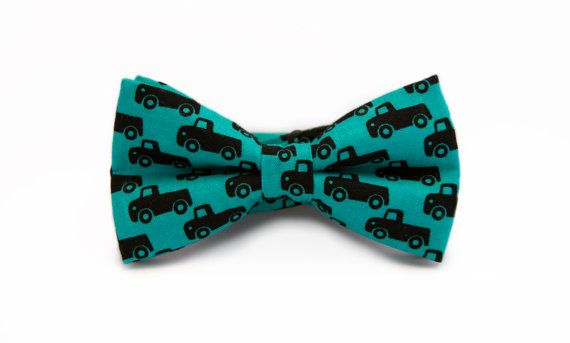 Men's bow tie teal with black trucks pattern, handmade pretied bow tie by Minute Papillons