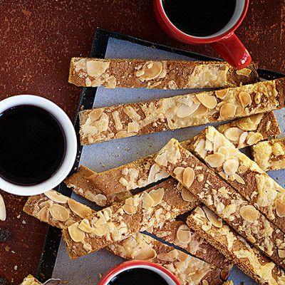 Bild på Pepparkakssticks med mandel och parmesanost