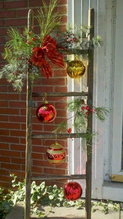 Christmas Ladder With Glass Ornaments:
