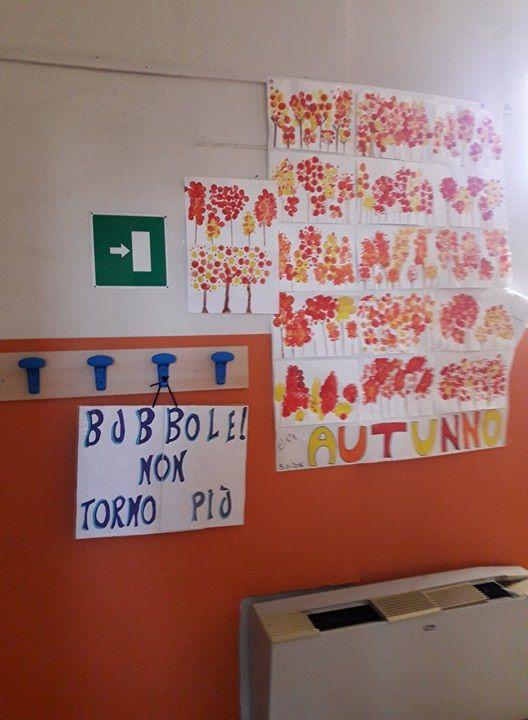 """Bubbole! 😍 Un cartello speciale della classe 5 della scuola primaria di Canneto Pavese (Pavia).  """"Nelle foto ricordo della classe ho messo quella che avevamo fatto con te. Ti ricordiamo TUTTI!""""  Grazie alla maestra Elena e ai suoi bambini 💕 Che il vostro futuro sia luminosissimo! 💕  www.vanessanavicelli.com"""