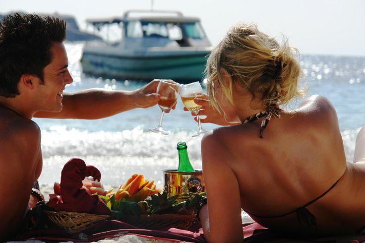 Idei romantice pentru sarbatorirea aniversarii unei relatii. #relatie #cuplu #casatorie #relationship #marriage