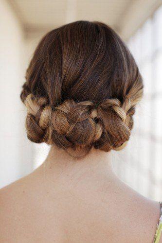 Идея для прически из длинных волос. Сам себе парикмахер