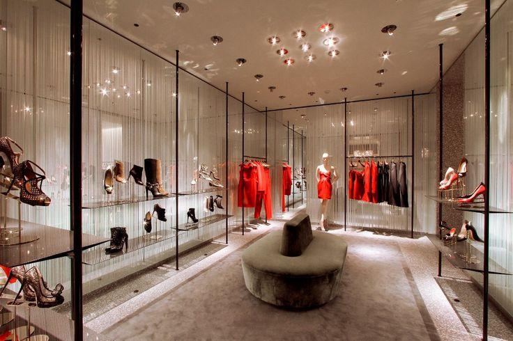 #fashion #glass #madeinitaly #handmade #valentino #glam #luxury #retail #design #interiordesign #interiors