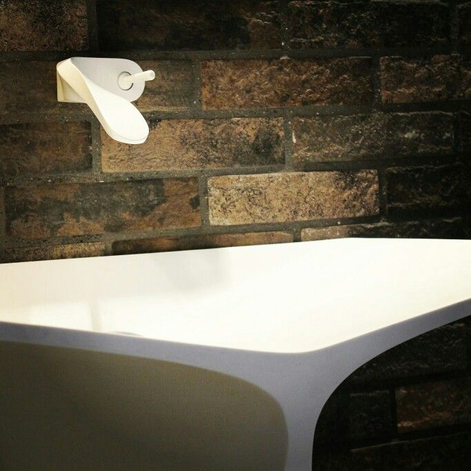 MyBath Silence standing washbasin designed by Mac Stopa  www.mybath.pl  #mybath #bathroom #bathroomdesign #modernbathroom #luxurybathroom #interiordesign #corian #luxury #chillout #coriandesign #interiorsinspiration #inspirations #designresearch #designporn