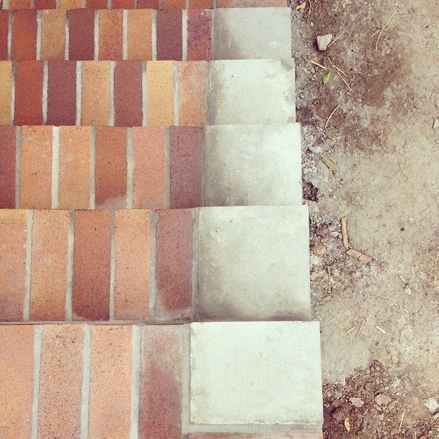 Concrete blocks made on-site to cap the edge of the treads (made by @robsonconstructions) #westendcottage
